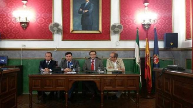 Reunión del consejero de Fomento y Vivienda, Felipe López, con alcaldes