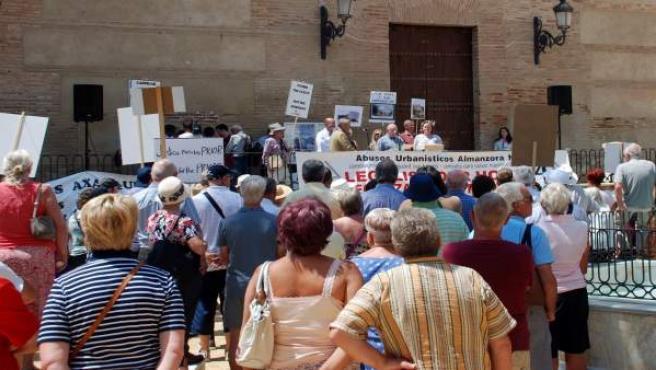 Manifestación de apoyo a los Prior en Vera