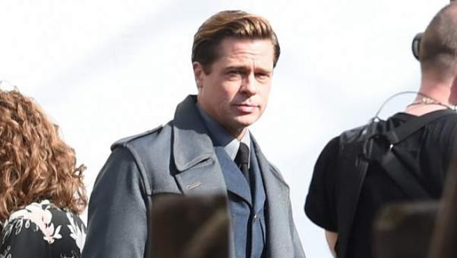 Brad Pitt en el set de rodaje de 'Allied'.