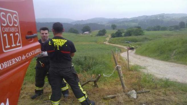 Un fallecido tras volcar su tractor en Helgueras