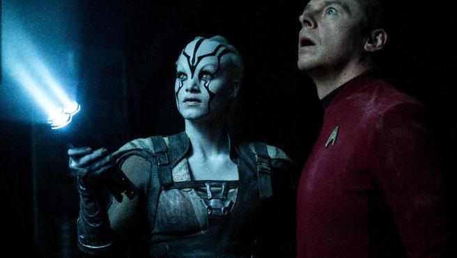 Nuevo tráiler de 'Star Trek: Más allá': La tripulación se dispersa