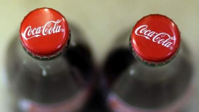 Chapas de botellas de Coca-Cola.