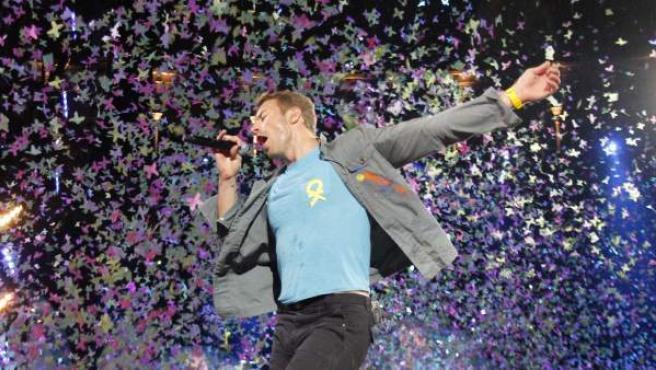 El cantante de Coldplay, Chris Martin, durante un concierto en 2012.