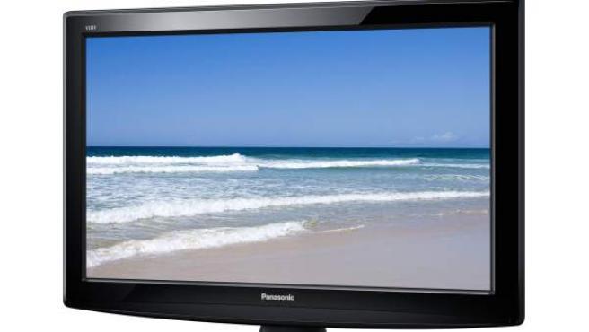 Una televisor con pantalla LCD de Panasonic.