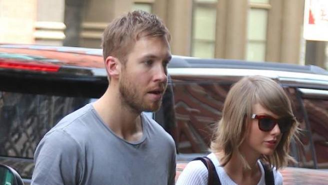 La cantante Taylor Swift y el DJ Calvin Harris, en New York.
