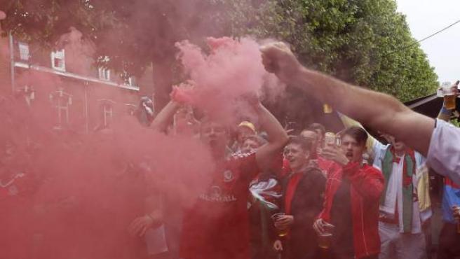 Un grupo de seguidores en la Eurocopa, en la ciudad de Lens.