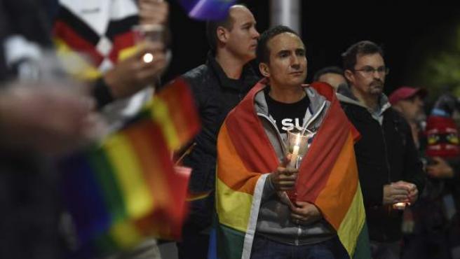 Vigilia en Australia por la matanza en un club gay de Orlando, Florida.