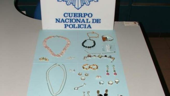 Joyas recuperadas en un robo en Oviedo