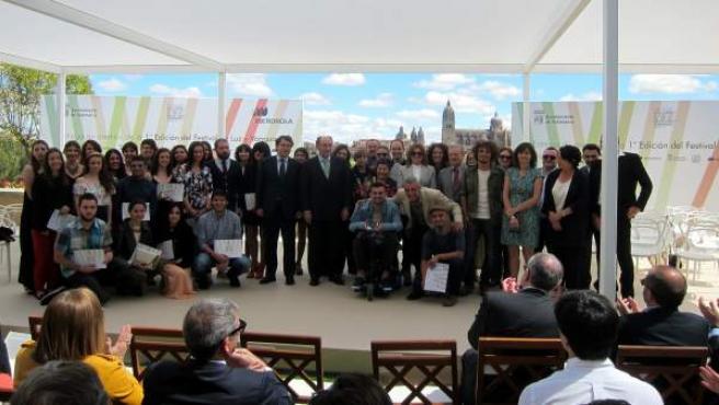 Autoridades, jurado, premiados y diplomados en el Festival de Luz y Vanguardias