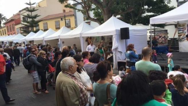 La Feria Del Libro De La Laguna Supera Los 2.500 Visitantes Y Congrega A 30 Libr