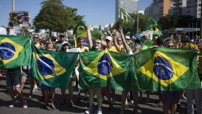 Imagen de protestas en las calles de Río de Janeiro.