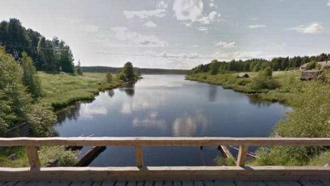 El naufragio ocurrió en uno de los lagos de la región rusa de Karelia, fronteriza con Finlandia.