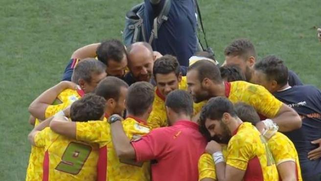 Los jugadores de la selección española de rugby 7s celebran su calisificación para los Juegos Olímpicos de Rugby.