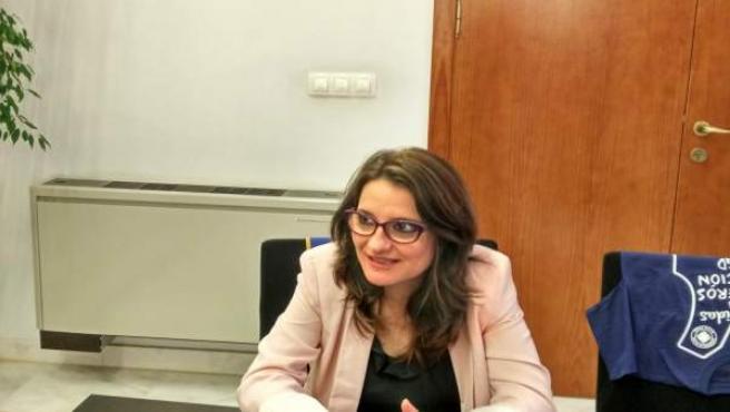 Mónica Oltra en su despacho