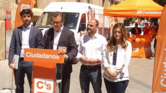 El portavoz de Economía de la formación, Toni Roldán, durante su acto en Murcia