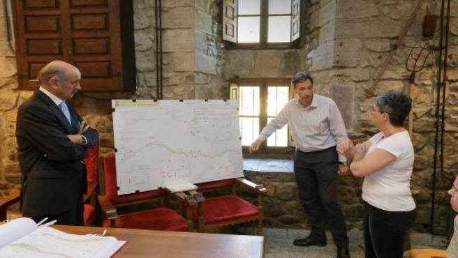 Mazón presenta el proyecto del paseo peatonal a Santo Toribio