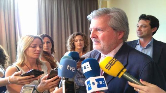 El ministro se ha sumado a las explicaciones de Fernández Díaz al respecto