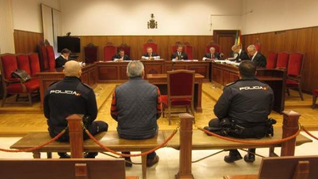 Juicio al acusado de secuestrar a su exmujer e hija