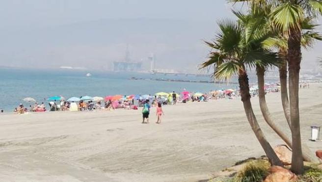 Estado de la playa de Almería este viernes