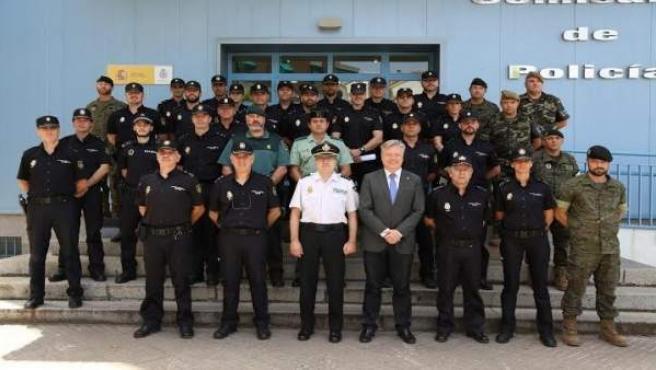 La Policía Nacional realiza un curso de 'Detección de Documentos Falsos'