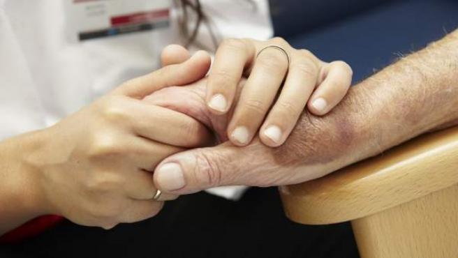 Solo el 10 por ciento de los mayores maltratados denuncia, según la Unión de Pensionistas.