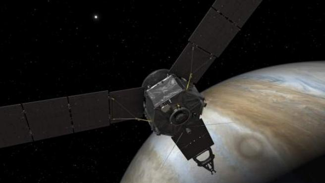 Recreación de la sonda espacial Juno llegando a Júpiter.