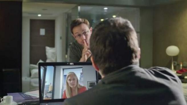 Primer tráiler de la película sobre Edward Snowden.