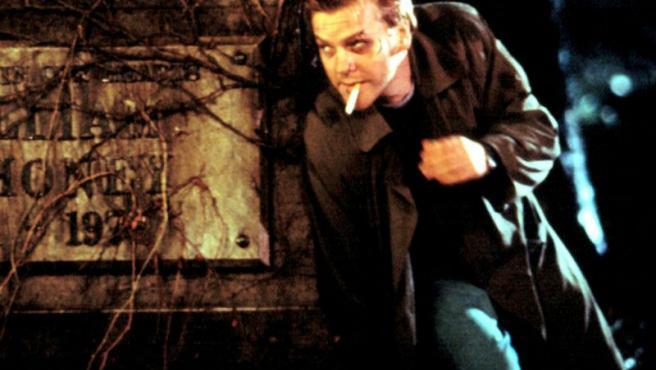 Kiefer Sutherland se reinicia a sí mismo en el reboot de 'Linea mortal'