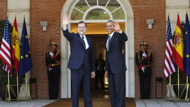 El presidente del Gobierno, Mariano Rajoy, recibe al presidente de EE UU, Barack Obama, en el Palacio de la Moncloa.
