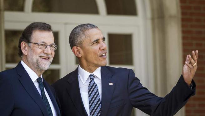 El presidente del Gobierno, Mariano Rajoy, recibe al presidente de EE UU, Barack Obama, en el Palacio de la Moncloa, en la primera visita oficial del mandatario estadounidense a España.
