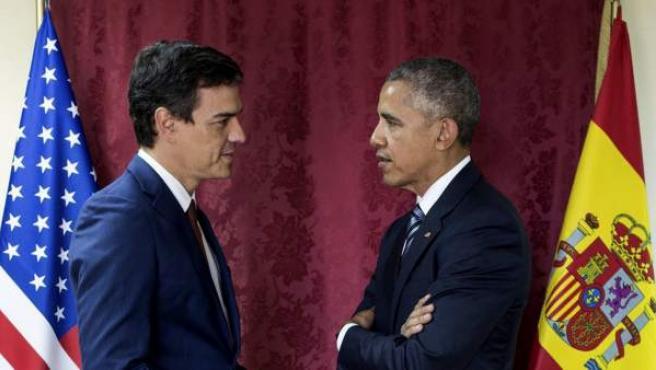 Foto cedida por la Casa Blanca y difundida por el PSOE de Barak Obama con Pedro Sánchez.