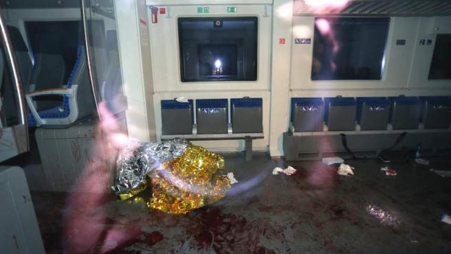 Una imagen del vagón donde se produjo el ataque de un joven a varios pasajeros.