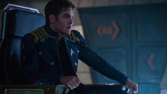 Tráiler final de 'Star Trek: Más allá': La Enterprise se va al desguace