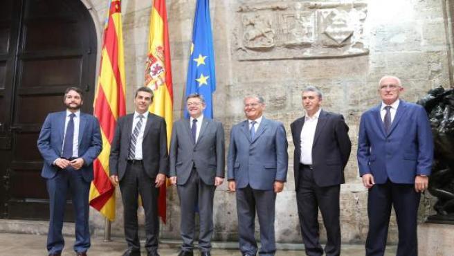 Ximo Puig y Rafa Climent se reunen con directivos de Ford