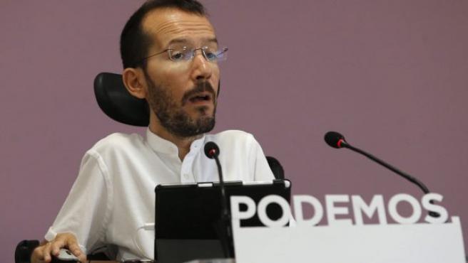 El secretario de Organización de Podemos, Pablo Echenique, informó este martes en Madrid de los resultados del proceso de primarias para la Secretaría General y el Consejo Ciudadano de Podem Catalunya.