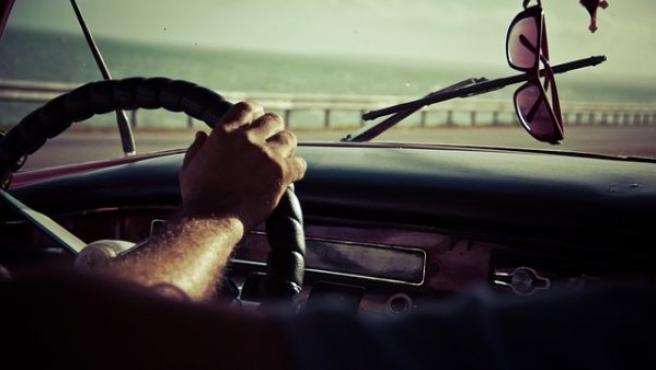 Un 60% de conductores desconoce los efectos que la radiación solar provoca en la salud visual.