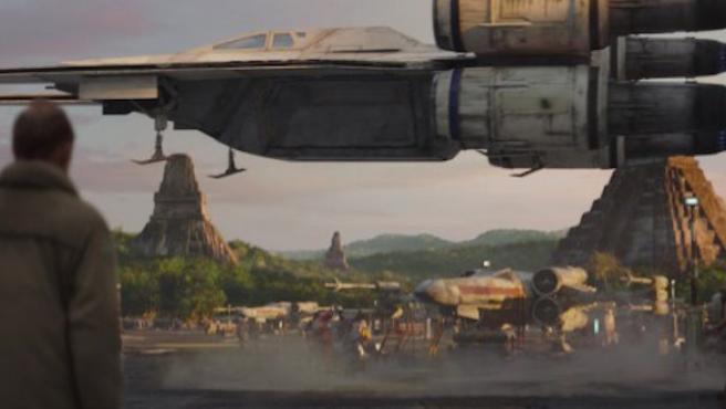 'Rogue One' presenta la nueva astronave de 'Star Wars'