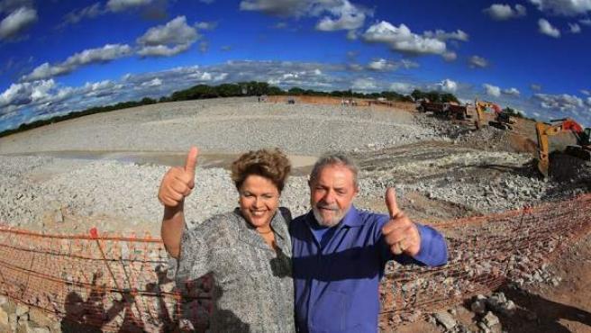 La presidenta de Brasil, Dilma Rousseff y el expresidente Lula en una foto de mayo de 2016.