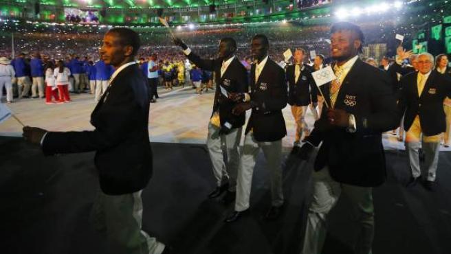 Equipo de refugiados, desfilando en la inauguración de los Juegos de Río 2016.