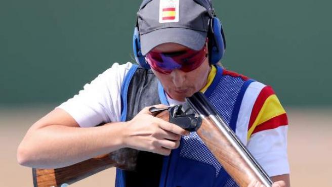 La tiradora española Fátima Gálvez participa en la prueba de tiro al plato.