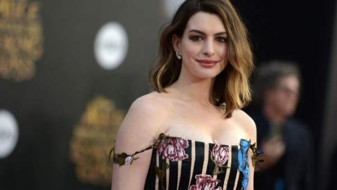 La actriz en la premiere de 'Alicia a través del espejo' en mayo, en Los Angeles.