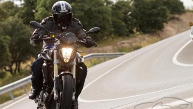 Siempre hay que usar el casco, también cuando hace calor o en los trayectos cortos.