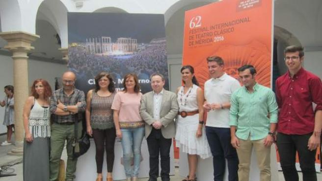 Participantes de los talleres de teatro organizados por el Festival de Mérida