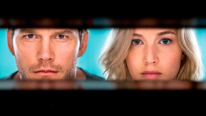 Primer vistazo a 'Pasajeros', el romance cósmico de Jennifer Lawrence y Chris Pratt