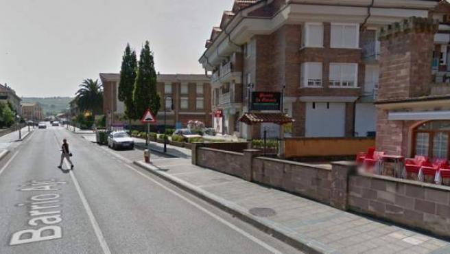 Una avenida de Bareyo, Cantabria.