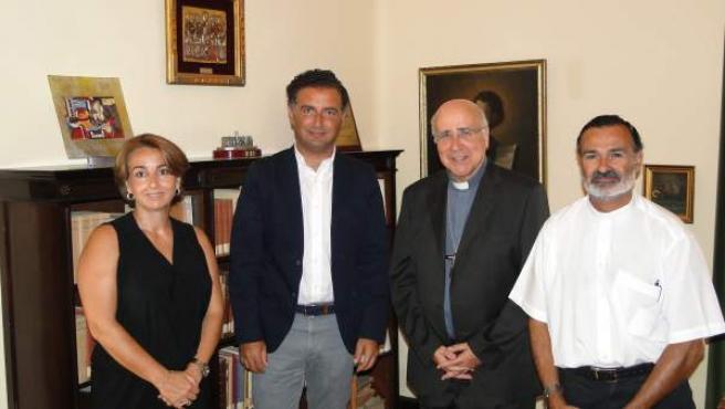 Gustavo Cuéllar y el obispo José de Vilaplana