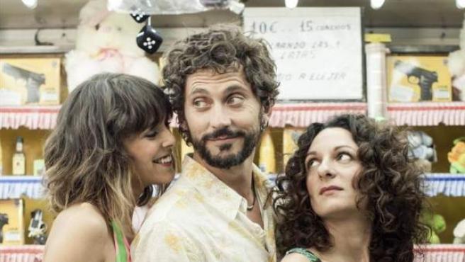 Blanca Cuesta, Paco León y Ana Katz en 'Kiki, el amor se hace'.