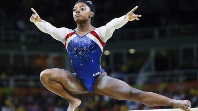 La gimnasta Simone Biles en el concurso completo individual en los Juegos de Río.