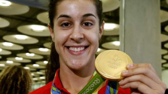 La campeona olímpica en Badmintón Carolina Marín, a su llegada al Aeropuerto Adolfo Suárez Madrid - Barajas tras participar en los Juegos Olímpicos de Río 2016, donde consiguió una medalla de oro.