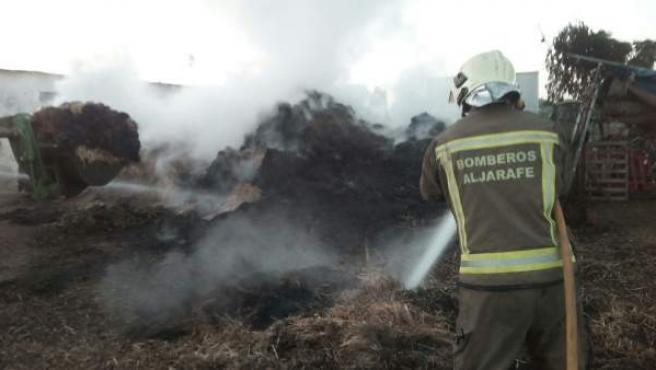 Imagen del fuego en el pajar.